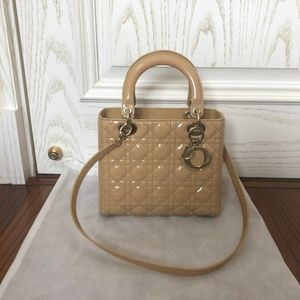 PATENT LEATHER CANNAGE LADY DIOR MEDIUM BEIGE